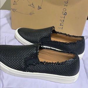 Shoes new w box